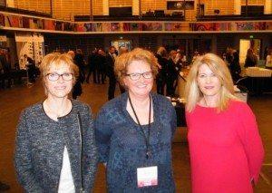 Fra Arp-Hansens workshop, til venstre kædens koncerndirektør, Dorte Krak, Anne Winding fra en af de store kunder, incomingbureauet DMC, samt Arp-Hansens koncerndirektør for salg og marketing, Birthe Becker Schultz.