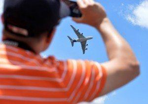 PARIS-AIR-SHOW-Airbus-A380-fly-800x566