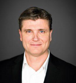 Leif Vase Larsen.