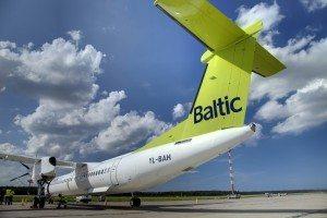 air_baltic_q400_2_