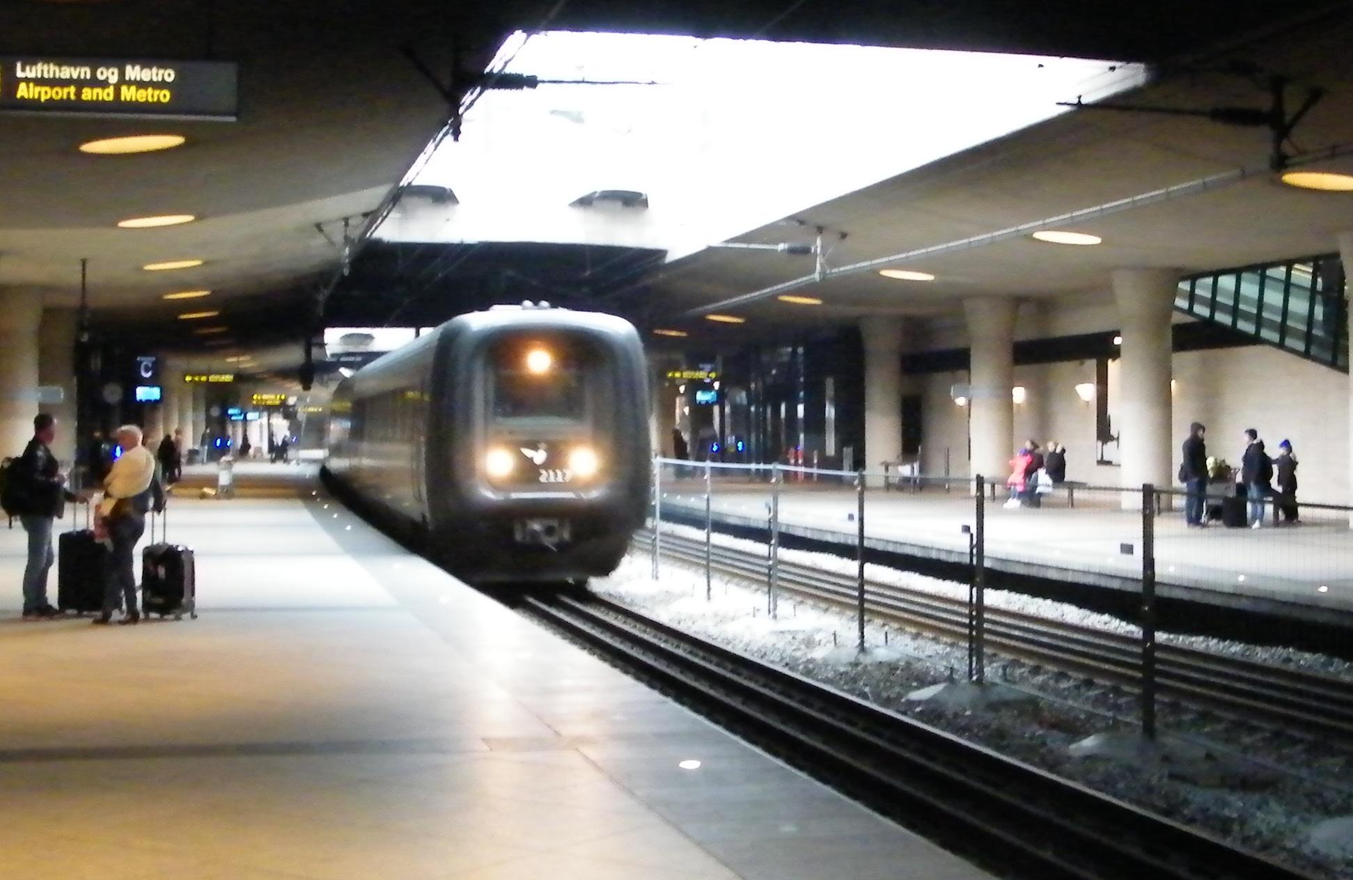 tog fra cph lufthavn