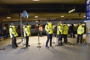 Kontrol i Københavns lufthavn mandag morgen. Foto: Preben Pathuel