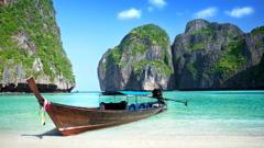 thailand-boat-phi-phi-island