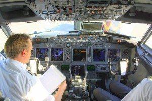 das-cockpit-air-berlin-boeing-737-700ich-23371