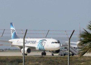 egypt-hijacked-plane-2