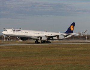 Lufthansa_A340-600_(D-AIHA)_named_Nürnberg