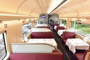 Der er natuligvis spisevogn i de nye tyske tog.