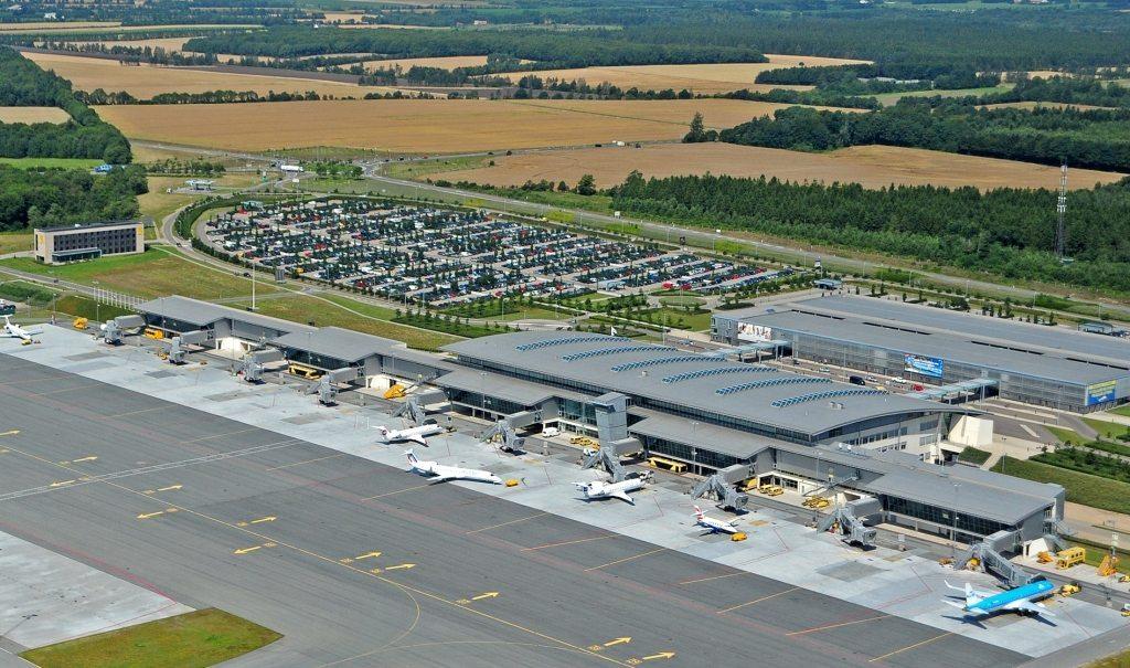 tirstrup lufthavn parkering motel støvring