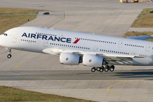 Motorhavareret A380 hjemvendt til Paris