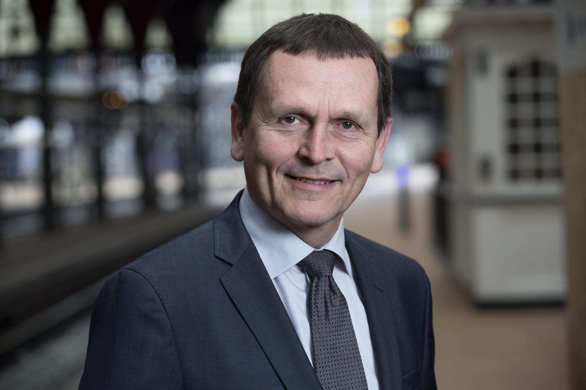 Adm Direktør Flemming Jensen - STANDBY.dk d58f8a1259