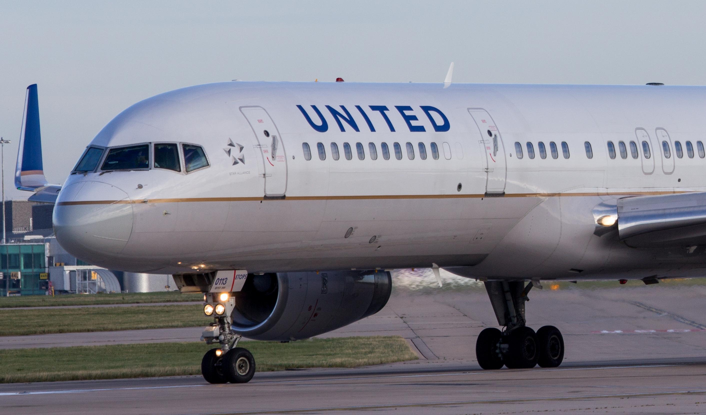 United Airlines accepterer 20 år gammel flybillet