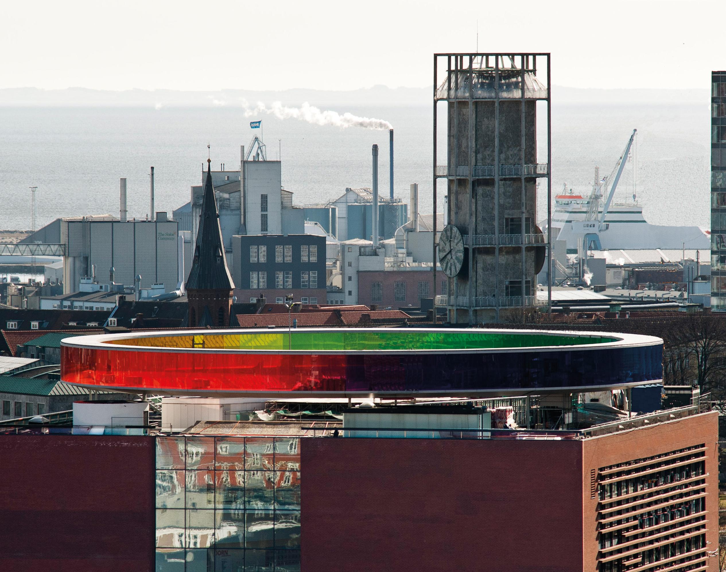 Aarhus med kunstmuseet Aros i forgrunden. (Foto: Lars Aarø, VisitAarhus)