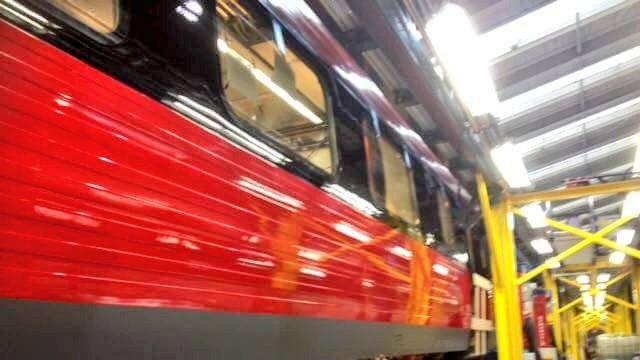 Sådan kan DSB's IC3-tog fremover komme til at se ud. Det er endnu ikke endelig besluttet, om alle IC3-tog skal have den nye bemaling. Foto via Twitter fra: @IsoNick