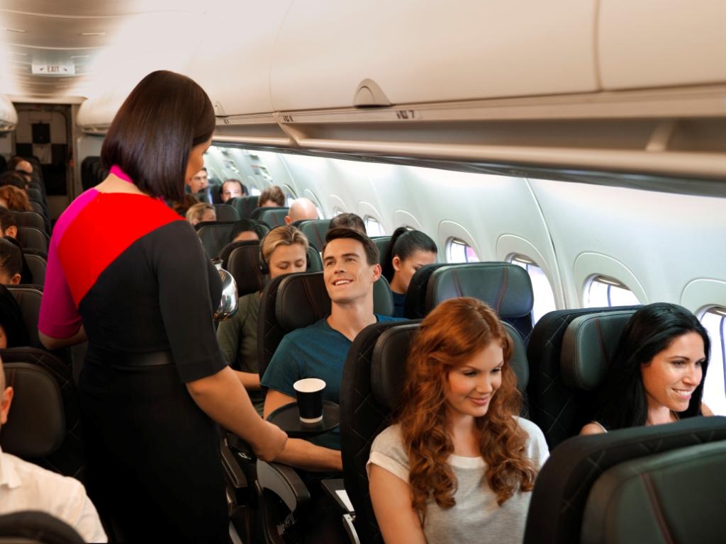 Kabinepersonale ombord på et fly fra Qantas, foto: Qantas.