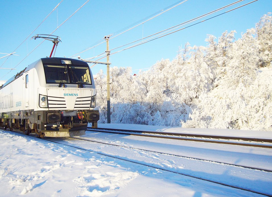 Der kan være en jernbane på vej fra finske Rovaniemi til den nordnorske havneby Kirkenes. Arkivfoto: Siemens.