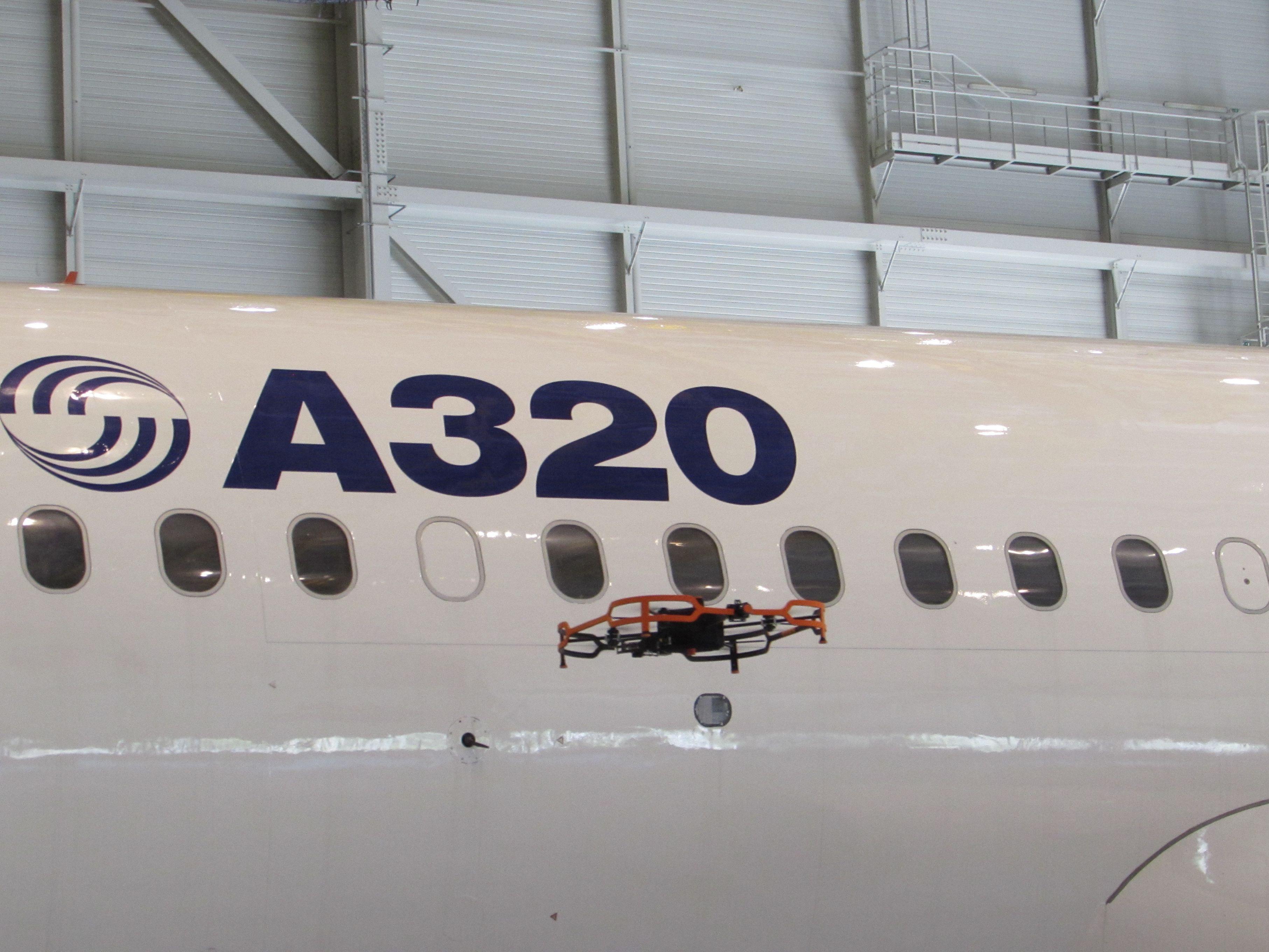 Med Airbus'Advanced InspectionDronekan inspektion af i første omgang fly fra A320-familien gøres på fire timer – mens det manuelt typisk vil tage en arbejdsdag, hedder det fra Airbus. Foto: Airbus.