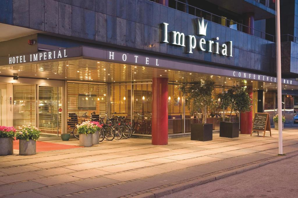 Den nuværende direktør for Arp-Hansen hotellet Imperial i København, Robert Thomsen, bliver fra 1. juni koncerndirektør i hotelkæden med ansvar for drift og HR. Foto: Arp-Hansen Hotel Group.