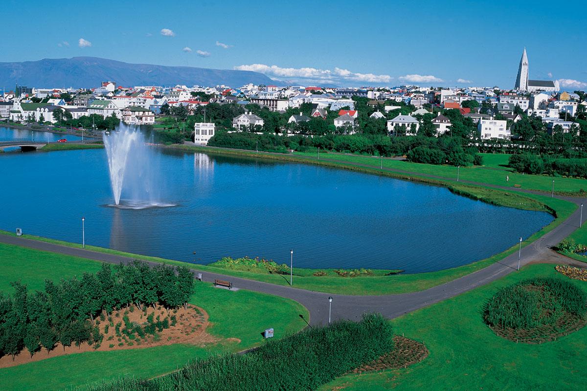 Et kig udover den islandske hovedstad, Reykjavik. Arkivfoto.