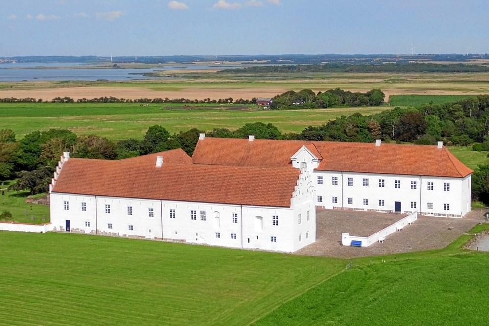 Danhostels nyeste medlem, Vitskøl Kloster, ligger en times kørsel sydvest for Aalborg. Foto: Danhostel.