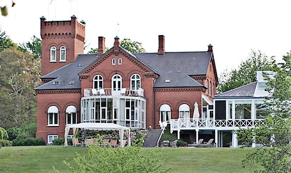 Havreholm Slot ved Hornbæk. Foto: Havreholm Slot.