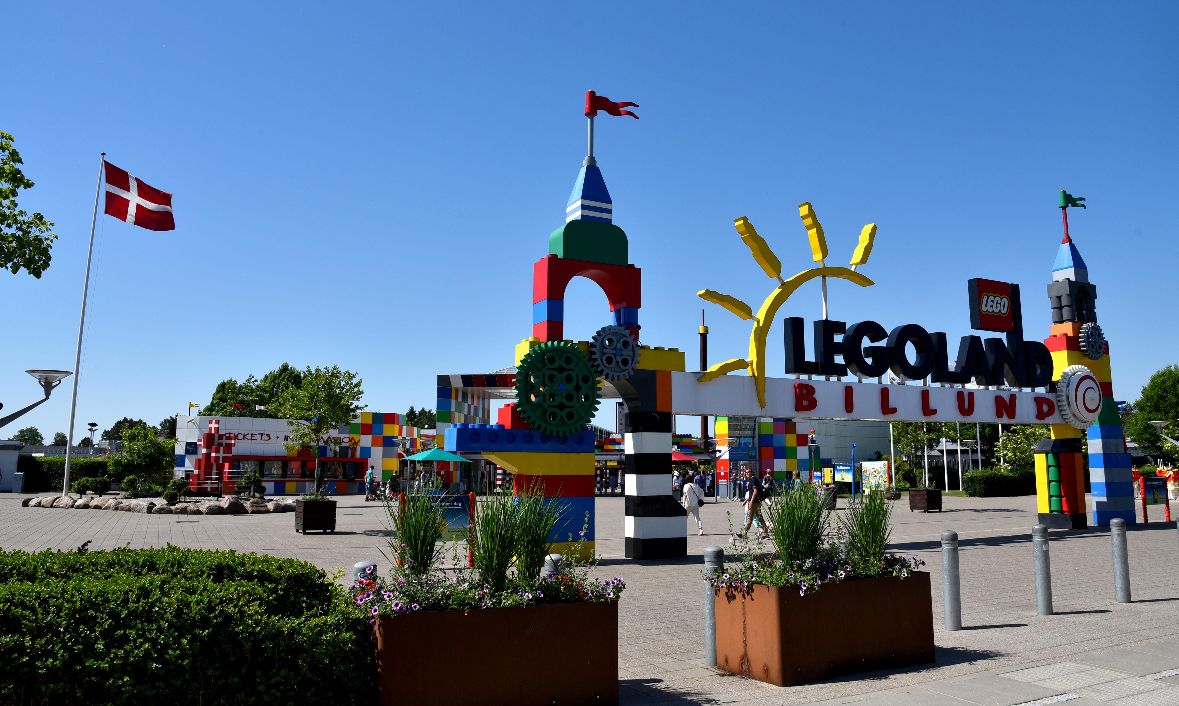Indgangen til Legoland som den ser ud i 2018 – 50 år efter åbningen. Foto: Legoland