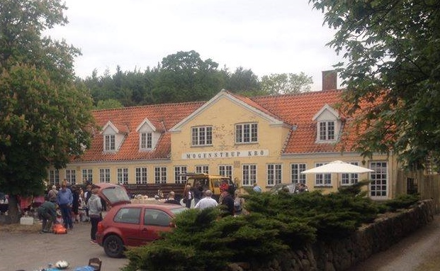 Mogenstrup Kro der nu skal nedrives for at give plads til almene boliger. Privatfoto via Facebook.