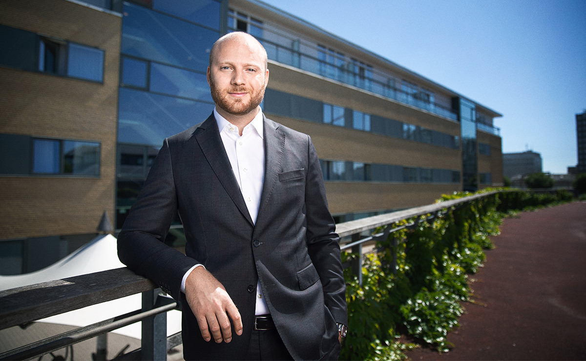 Frederik Møller Rosenmeier blev for få måneder siden ny i spidsen for DGI-Byen i København, der i disse måneder renoveres for 37 millioner kroner. Foto: DGI-Byen.