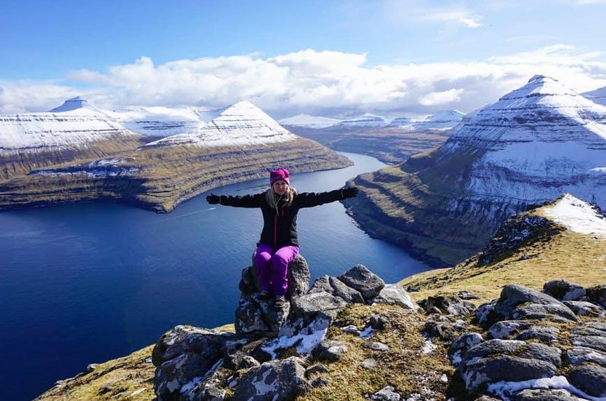 50 udbydere af rejser rundt på Færøerne eller for eksempel udflugter har sluttet sig sammen om at fremvise deres muligheder på en ny hjemmeside. Foto: guidetofaroeislands.fo