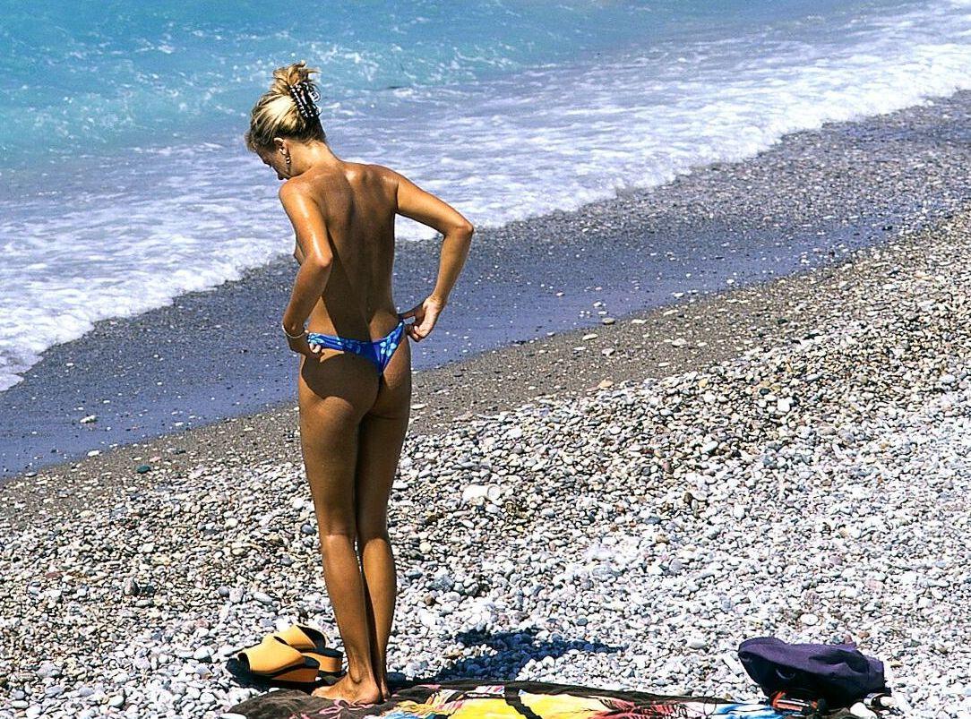 Topløs på stranden