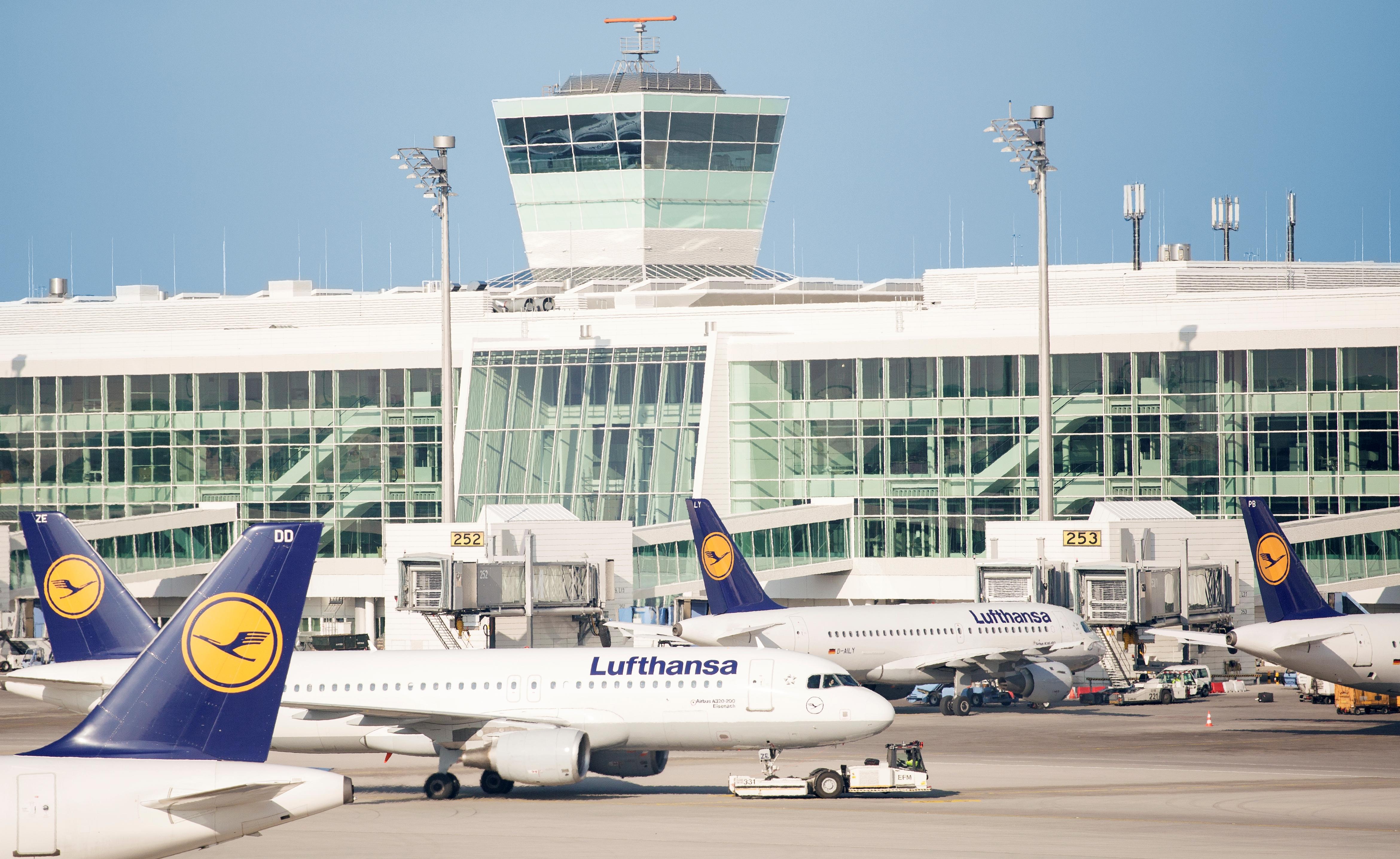 Lobbyorganisation for bookingsystemer klager til EU's Ombudsmand over at EU ikke vil behandle klage over afgifter fra Lufthansa Gruppen. Arkivfoto fra Münchens Lufthavn.
