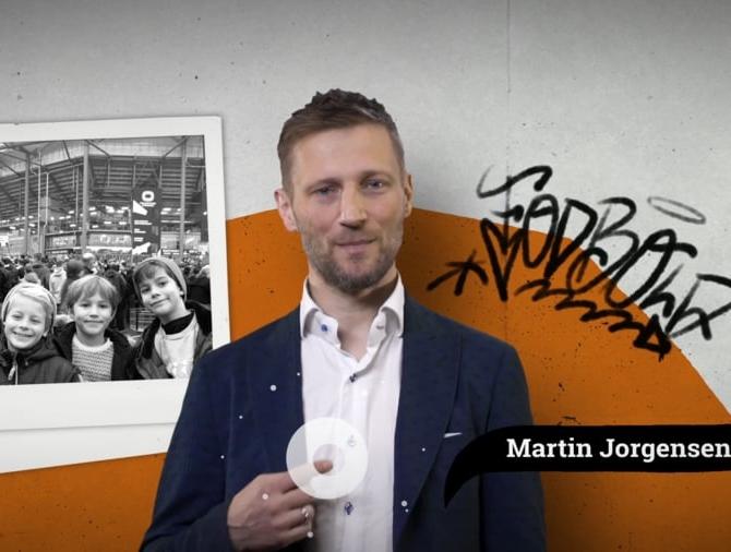 Martin Jørgensen er klar med sit rejsebureau My Way Travel, der tilbyder fodboldrejser med bus eller fly i Europa. Foto: My Way Travel.