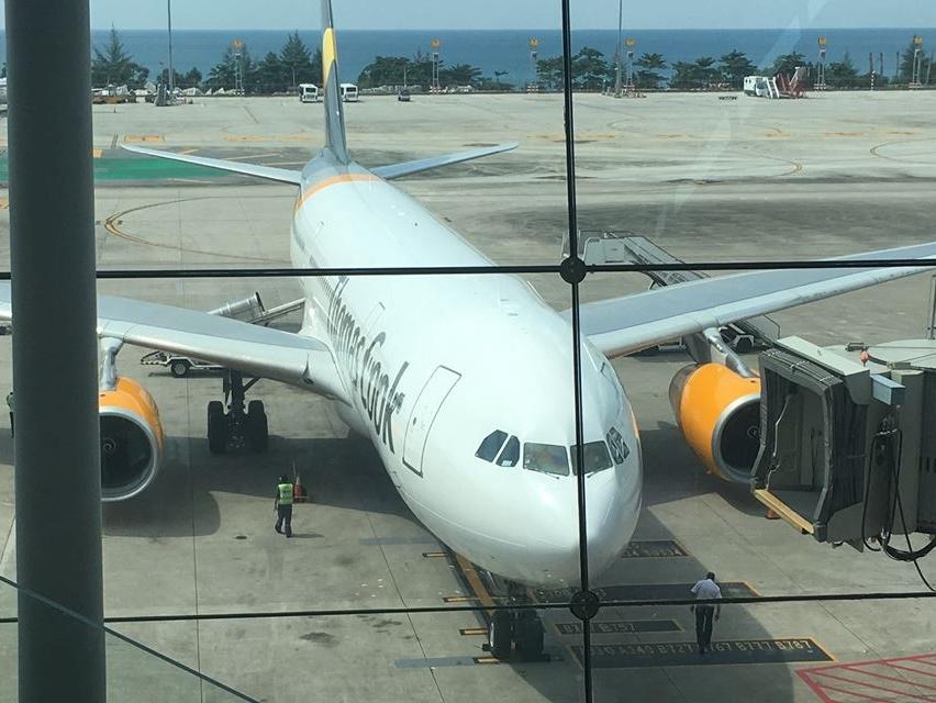 Thomas Cook Airlines Scandinavia er Nordens største charterflyselskab med to millioner årlige passagerer og 1.200 medarbejdere. Arkivfoto.