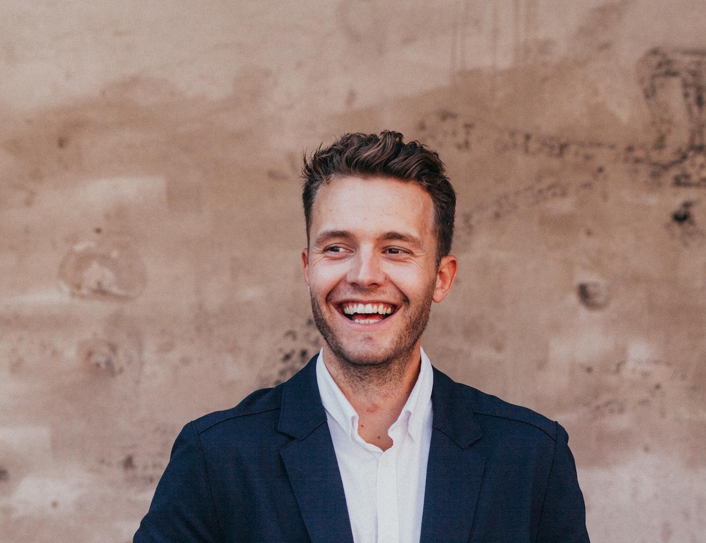 27-årige Mikkel Hansen er ny kommunikationschef for TUI i Danmark. Foto: TUI.