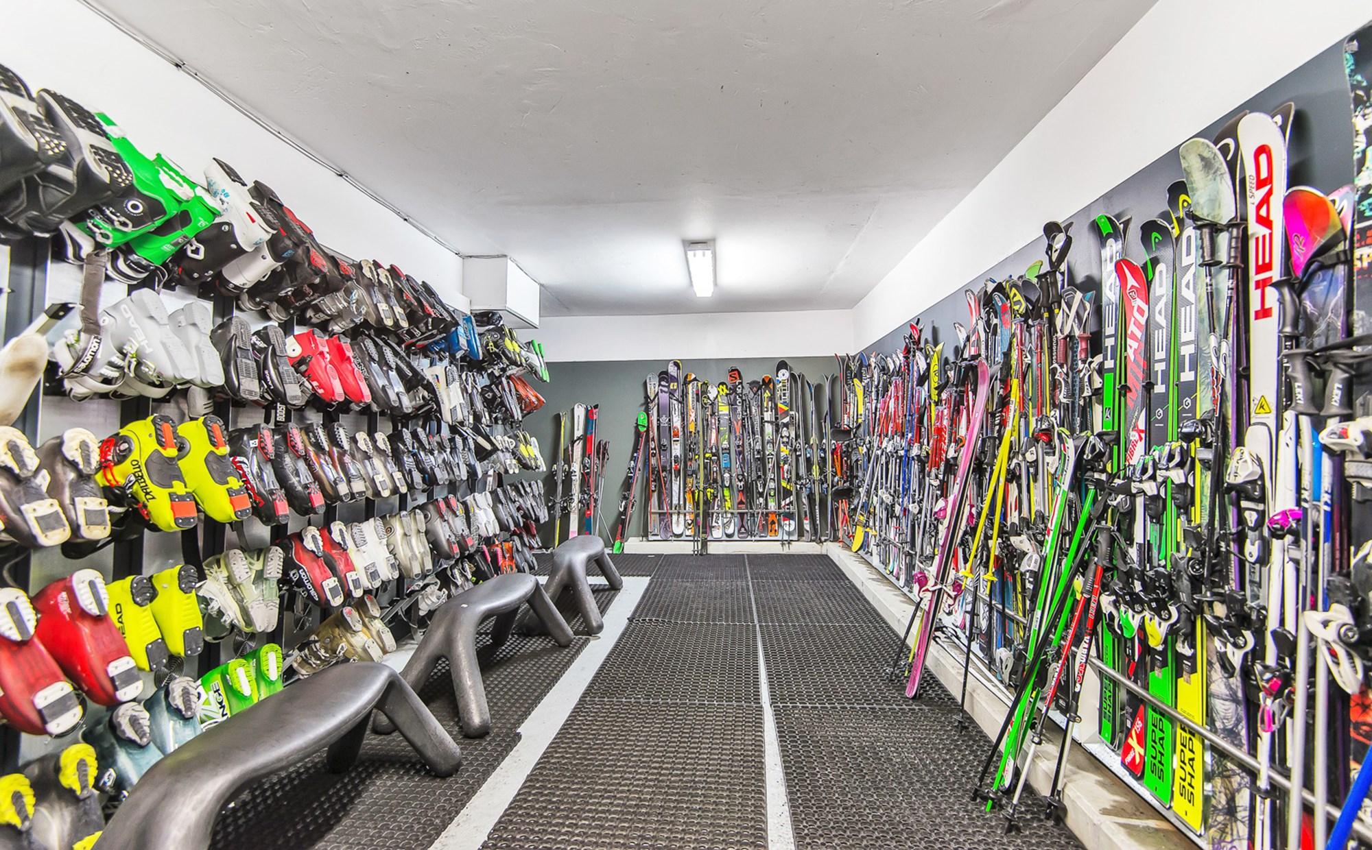 Nortlander-gruppen, Danmarks største skirejsebureau, sender årligt 90.000 gæster fra Norden til Alperne. Arkivfoto: Nortlander.