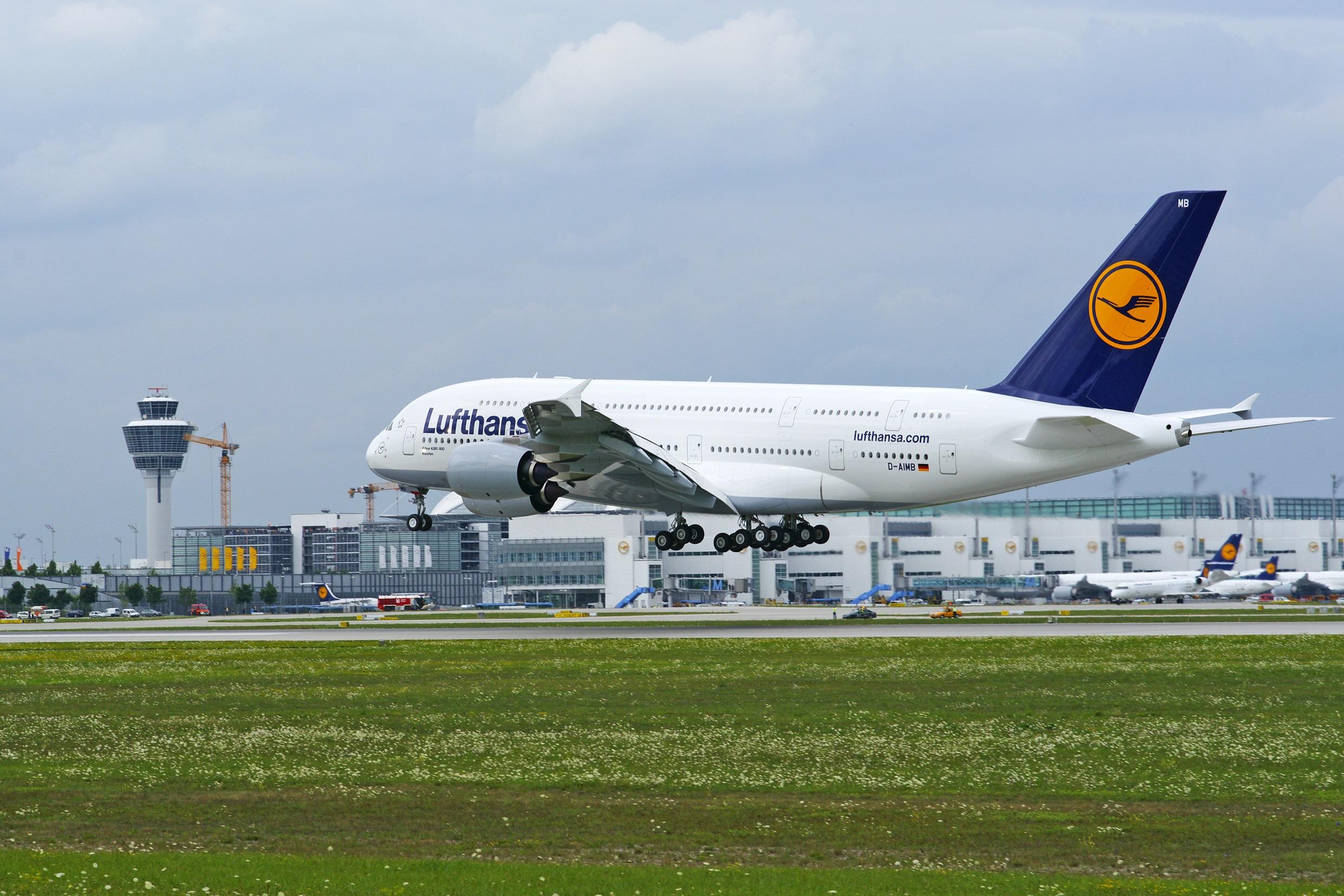 En Airbus A380 fra Lufthansa i Münchens Lufthavn.