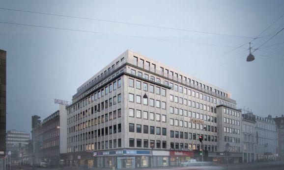 Dagmarhus-bygningen ved Rådhuspladsen i København, der fra december er hjemsted for hotelkæden Citizen M's første hotel i Norden. Foto: Citizen M.