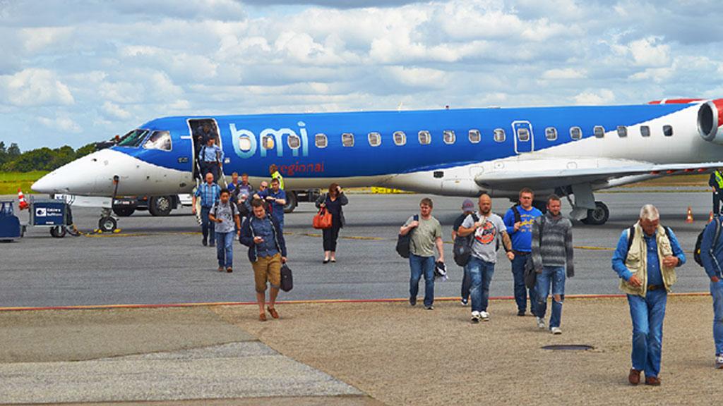 British Midland Regional flyver mellem Esbjerg og Aberdeen alle ugens dage, undtaget lørdag. Foto: Esbjerg Lufthavn.