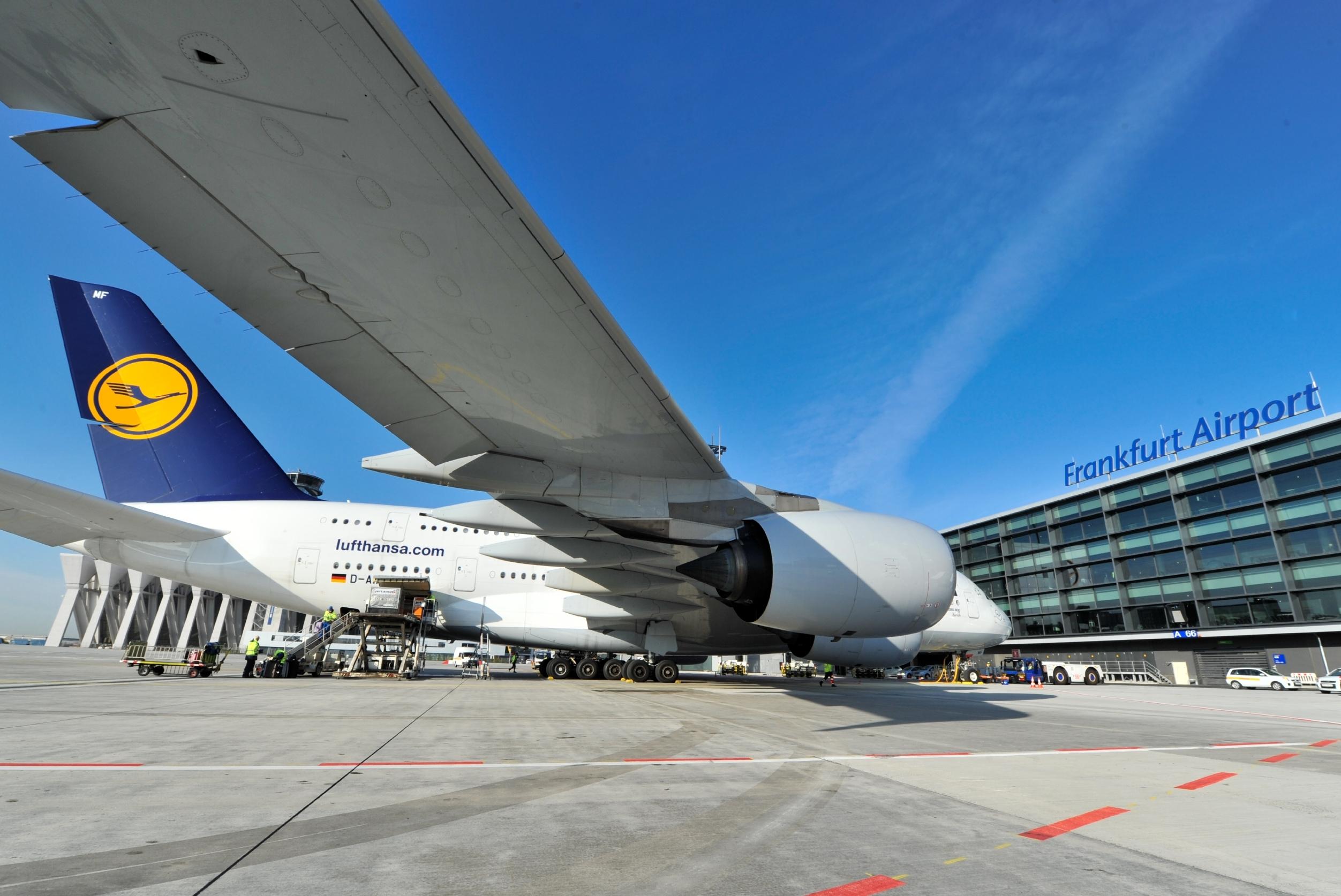 En Airbus A380 fra Lufthansa i flyselskabets hovedlufthavn, Frankfurt. Pressefoto: Lufthansa.