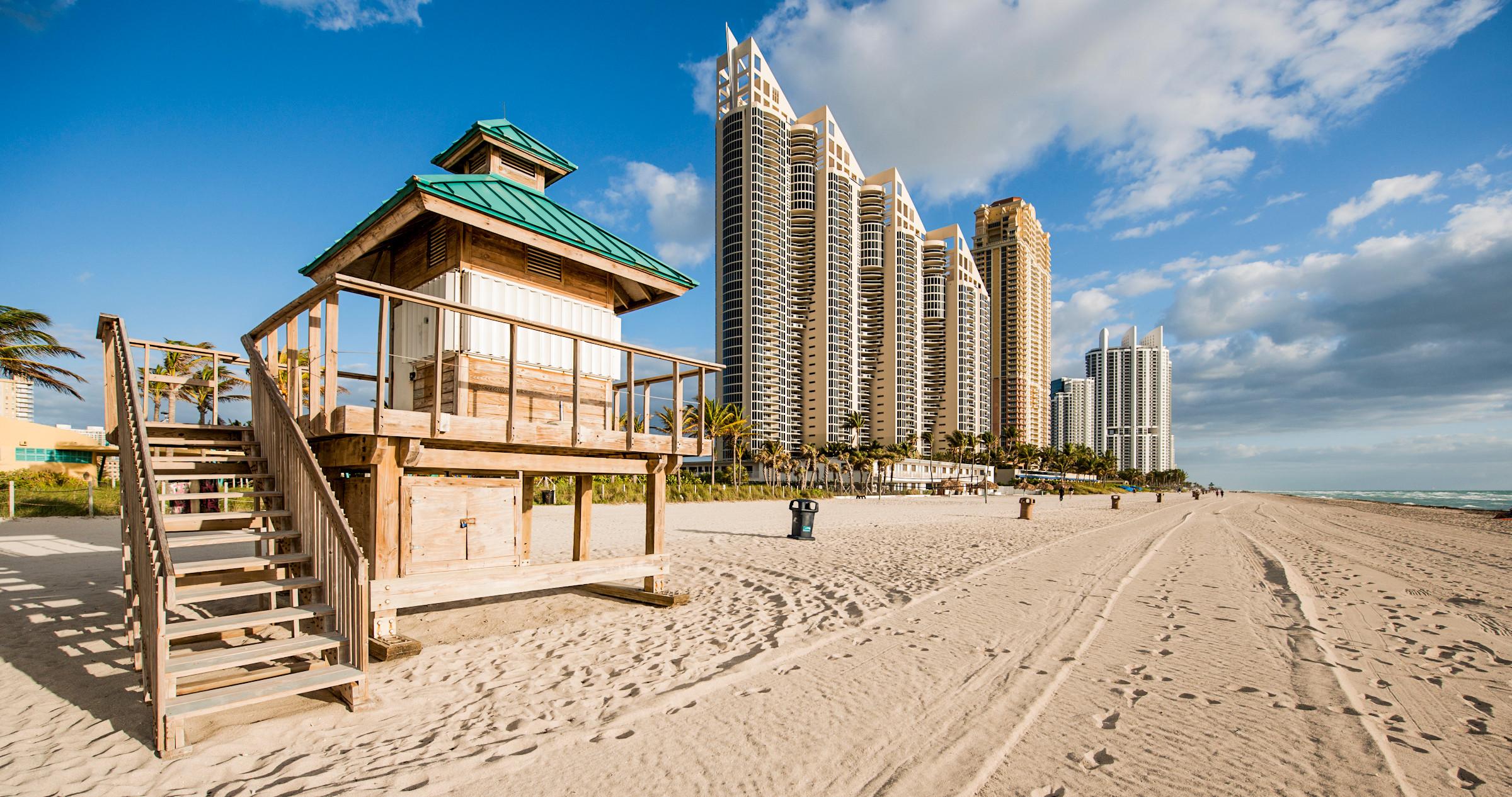 Florida udgør sammen med New York og Californien USA's tre største turistdestinationer. Her er er det Sunny Isles Beach, PR-foto fra The Greater Miami Convention & Visitors Bureau.