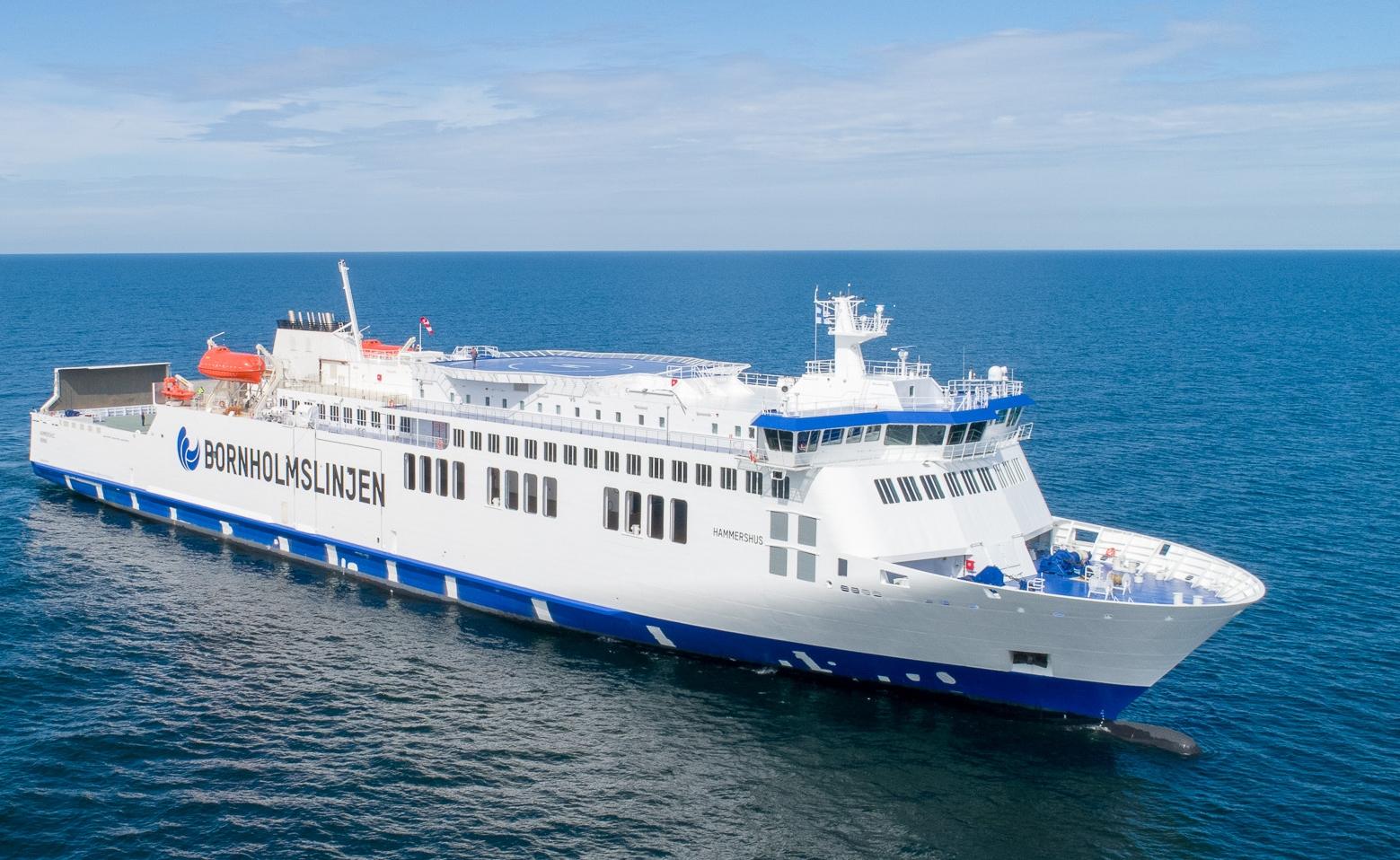 Den nybyggede færge Hammershus er et af fartøjerne som Bornholmslinjen bruger på ruterne til Bornholm. Foto: Molslinjen.