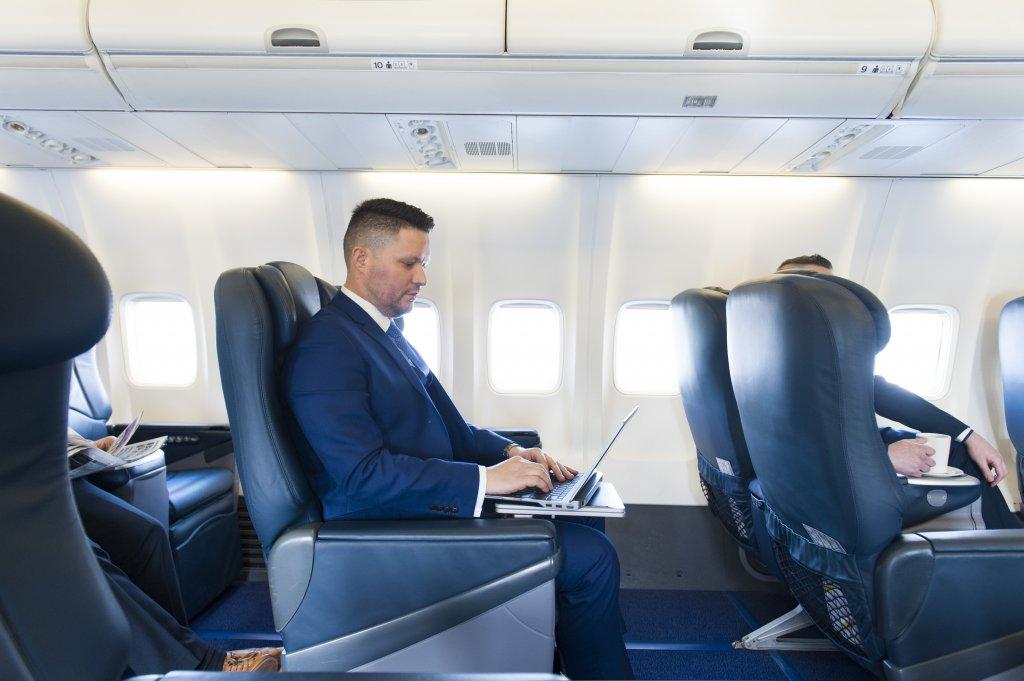 Særudgaven af B737-700 flyet har 60 business class-sæder. Foto: Ryanair.