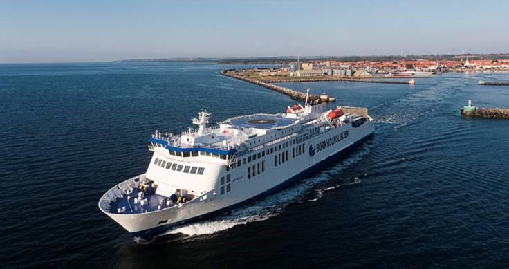 Den nybyggede færge Hammarshus klarer ruterne fra såvel Køge og tyske Sassnitz til Rønne. Foto: Molslinjen.