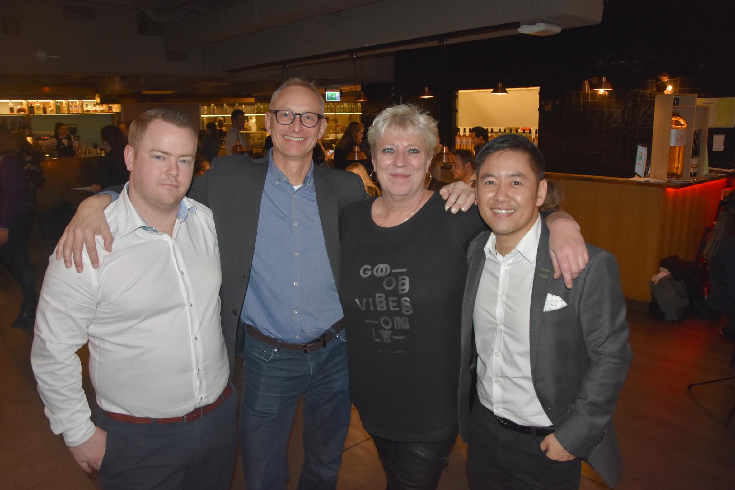4 medlemmer af PATA-bestyrelsen var til nytårskur, fra venstre formand Claus Vestergaard Pedersen, til daglig i Radisson Hotel Group, Martin Schmidtsdorff fra Atlantic Link, næstformand June Nielsen fra InterTravel Rejsebureau og Pakpon Nuangsen fra Thai Airways. Foto: Preben Pathuel.