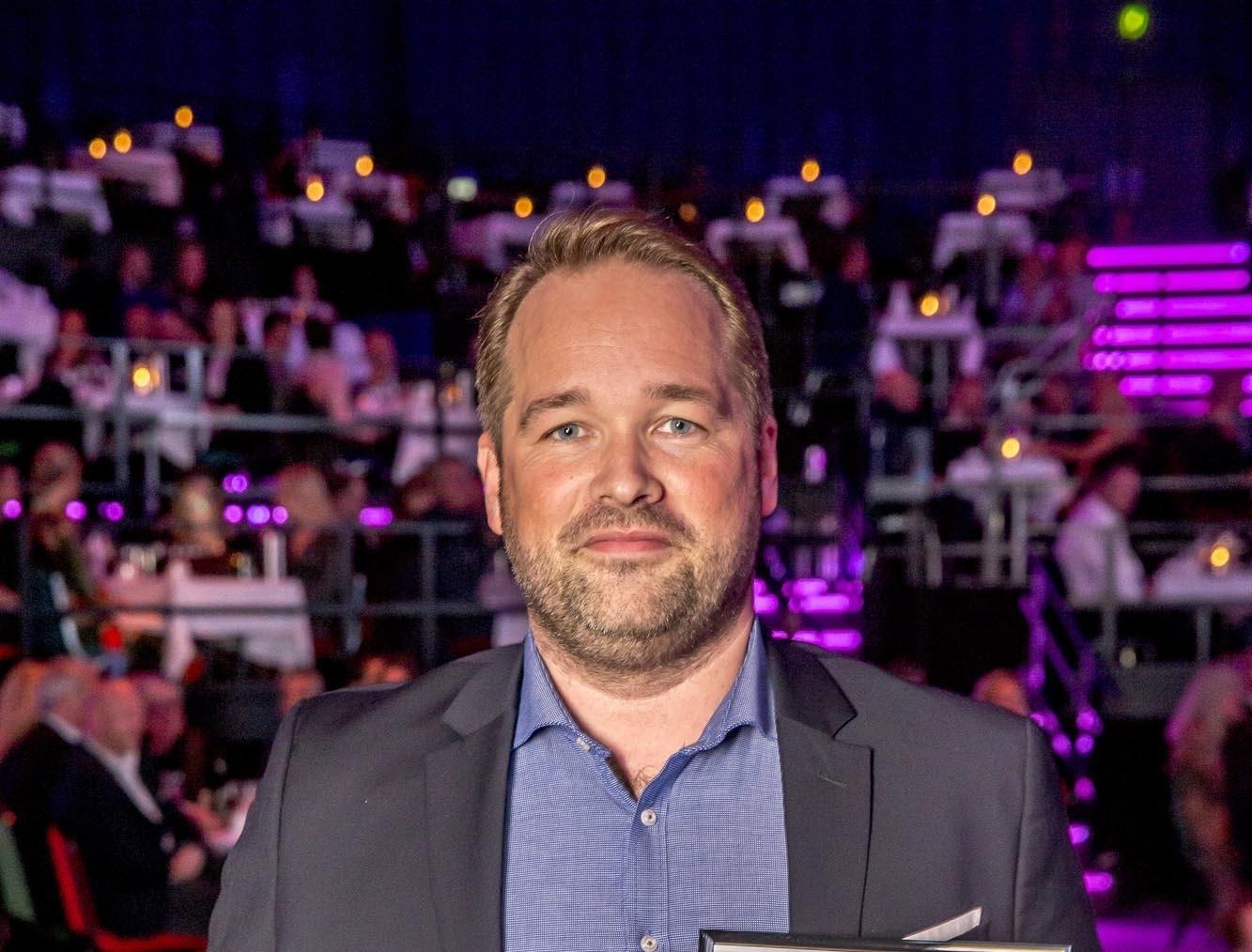 Kasper Renström Østervig er køreklar som ny salgschef for Hertz i Danmark, her er han ved Danish Travel Awards sidste år, hvor Hertz landede førstepladsen. Foto: Michael Stub.