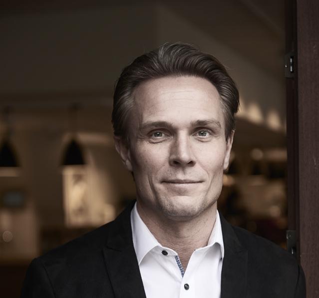"""Nickolas Krabbe Bjerg er fra april ny administrerende direktør for Brøchner Hotels. """"Han bringer en solid erfaring med sig inden for oplevelses- og servicefaget,"""" oplyser den københavnske hotelkæde. Foto fra Brøchner Hotels."""