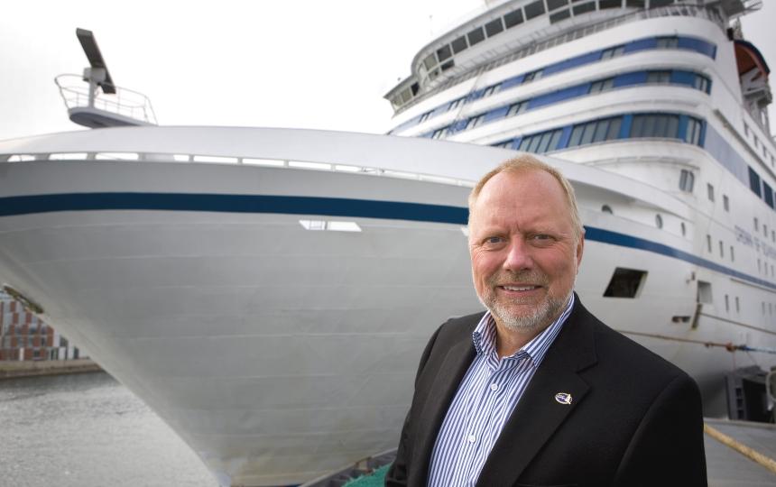 Arnt Møller Pedersen stopper som chef for færge- og krydstogtaktiviteter i Københavns Havn – i år forventes der 350 anløb af krydstogtskibe med tæt på en million passagerer. Foto: Københavns Havn.