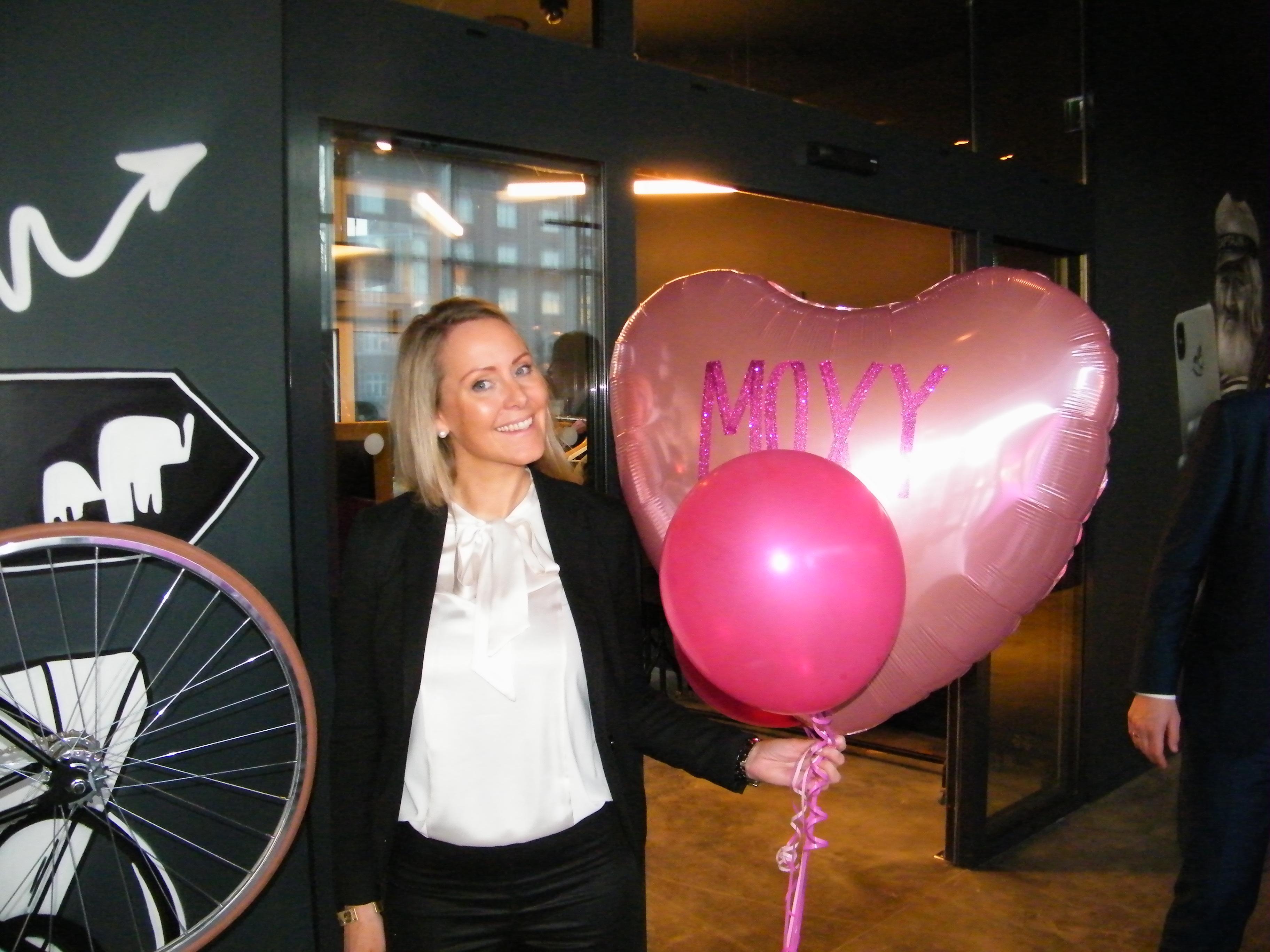 Svenske Camilla Jerre står i spidsen for nyåbnede Moxy Copenhagen. Hun har titel af at være hotellets Kaptajn, Moxy-konceptets twist på en hoteldirektør. Foto: Henrik Baumgarten.
