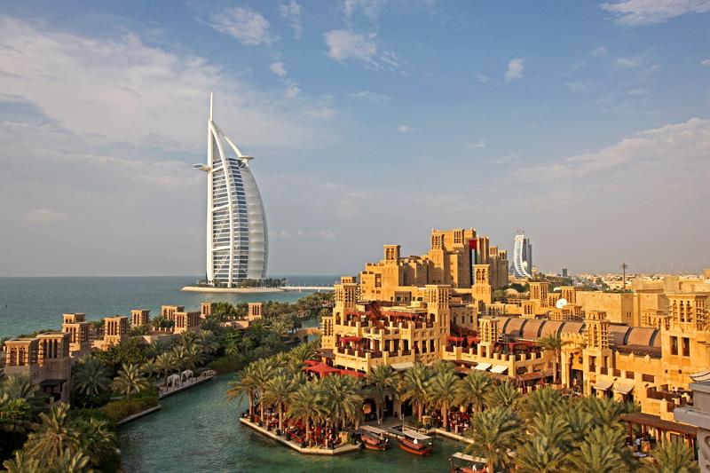 """Emirates Holidays vil navnlig sælge rejser til Dubai, hjemmebase for selve Emirates-koncernen, men også til """"udvalgte destinationer"""" i Emirates' store, globale netværk. Pressefoto fra Dubai fra Emirates Holidays."""