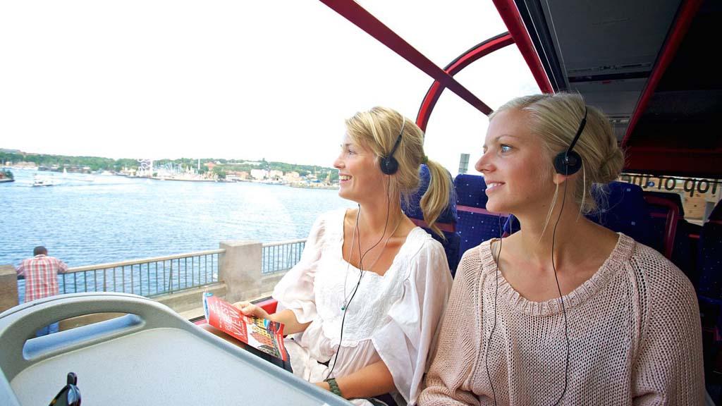 Strömma i Danmark er snart klart med det nye Copenhagen City Pass til en række attraktioner – kortet giver også gratis transport i  selskabets cirka 20 sightseeingbusser og 17 kanalbåde i København. Foto: Strömma.