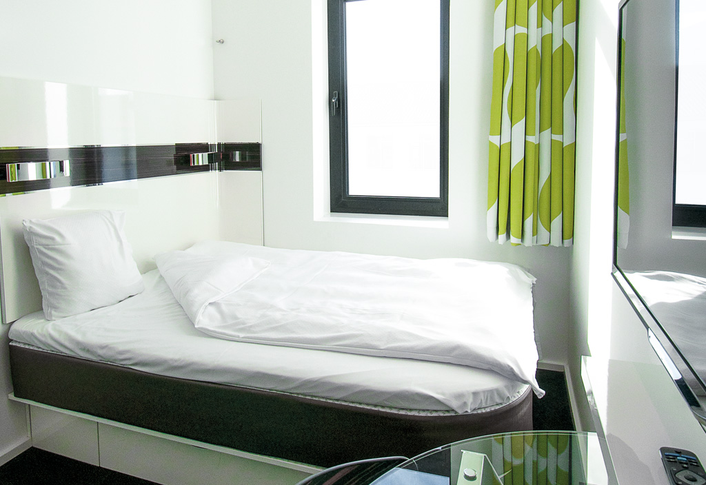 Københavns største hotelgruppe, Arp-Hansen, har nu over 4.000 hotelværelser. Her et fra kædens nyeste hotel, dets fjerde Wakeup-hotel ligger i Bernstorffsgade med 585 værelser. Foto: Arp-Hansen.